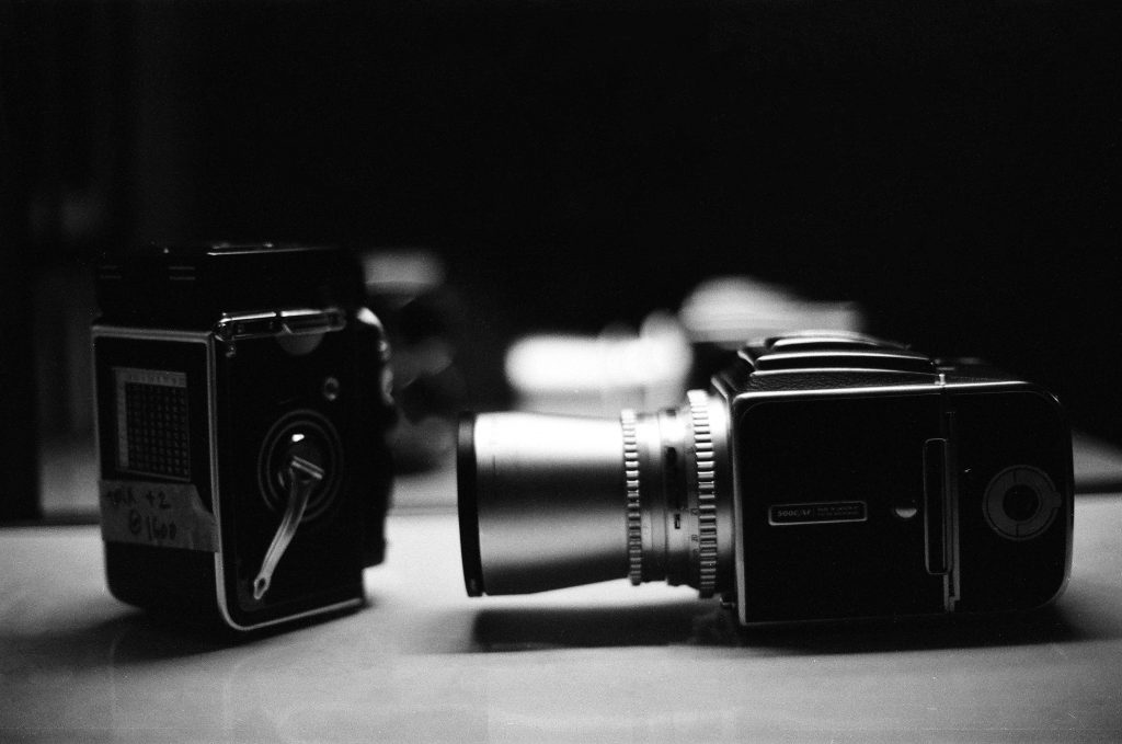 TYPES OF CAMERA - Shutters Flash